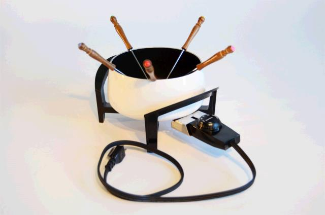 Where to find Electric Fondue Pot in Surrey