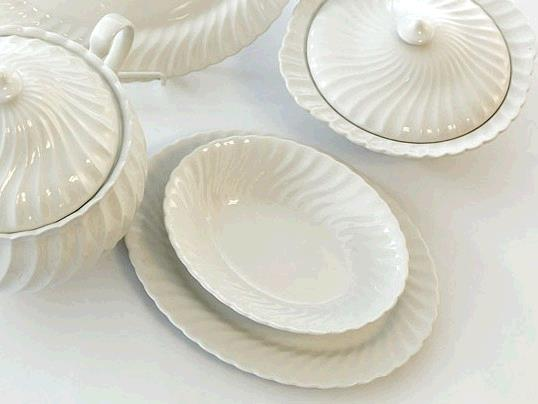 Where to find Elegance Serving Bowl Round in Surrey