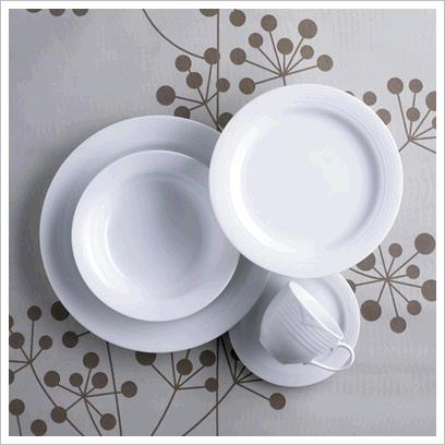 Where to find Arctic White Dinnerware in Surrey